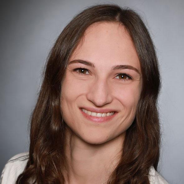 Alina Haizmann